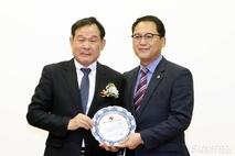 안광률 도의원, '경기의정대상' 수상