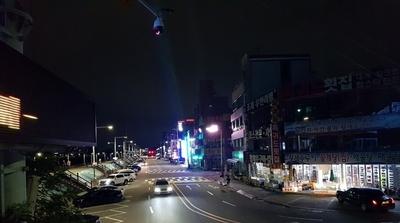 """[포토] 사회적거리두기…""""불 꺼진 오이도"""""""